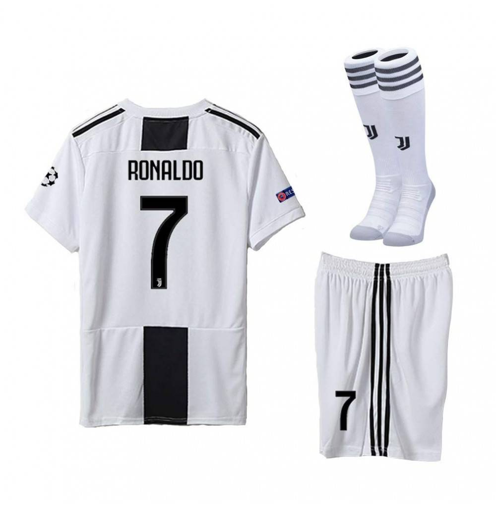 info for a93bc 4e648 Juventus 18/19 Season Youths/Kids Ronaldo 7 Home Soccer Jersey & Shorts &  Socks - CC18HCG42GI Size 6-7years (114-120cm)